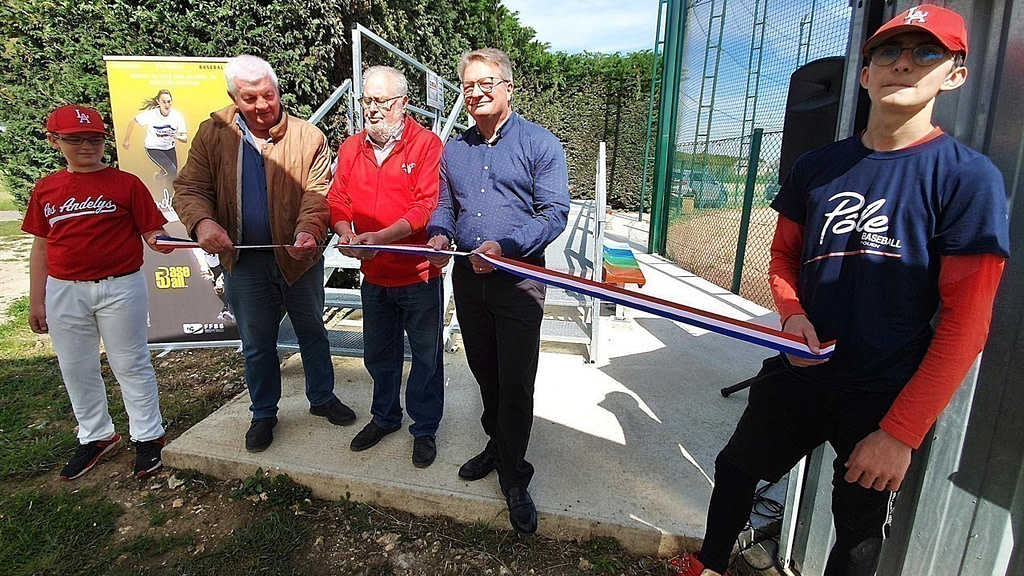Les Andelys.  The baseball club inaugurates its new stand