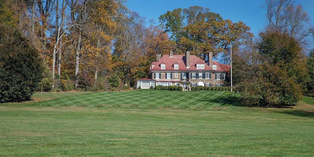 The Philadelphia-Area Estate 10 times the size of the city's baseball stadium is asking for $ 38.25 million