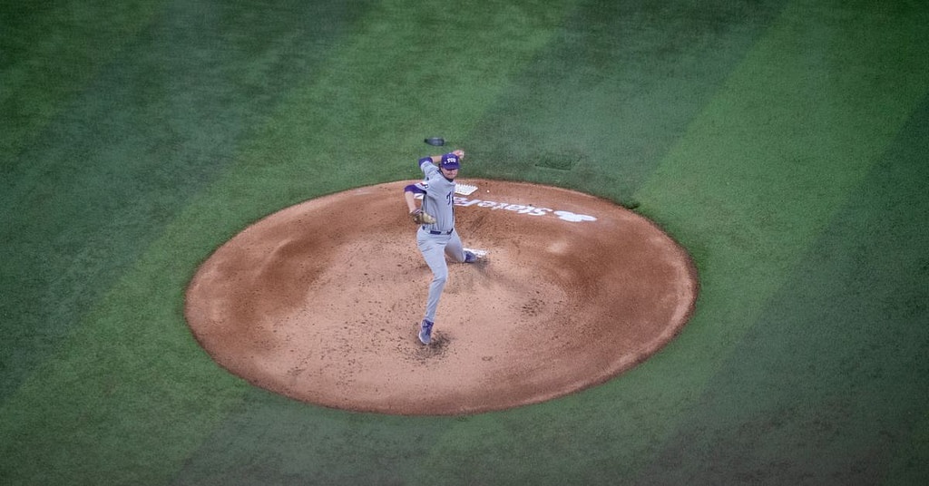 Behind solid pitching, TCU Baseball holds a 3-2 victory over # 7 Mississippi State