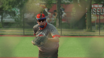89-year-old says baseball diamonds are his youth fountain - WCCO