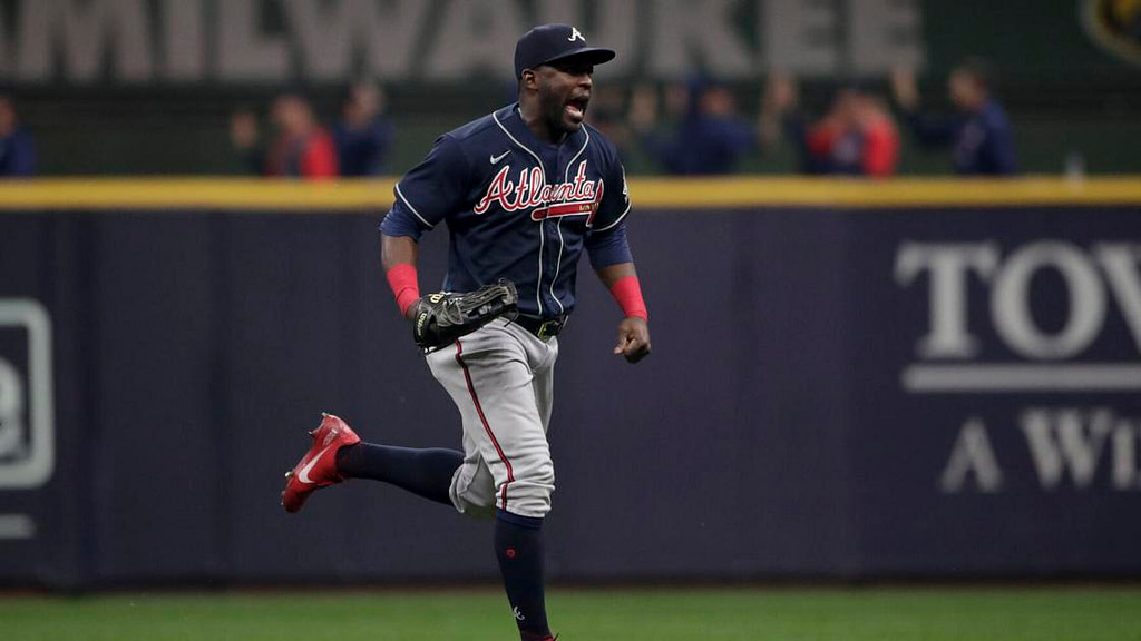 Braves' Soler put on the sidelines after positive testing for COVID-19 |  Baseball