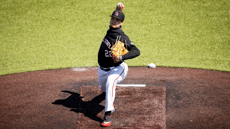 Baseball splits Doubleheader with Toledo, goes to series victory on Sunday