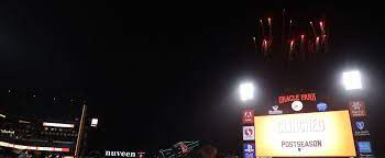 during a baseball game, her friends left a message on the giant screen to celebrate her divorce
