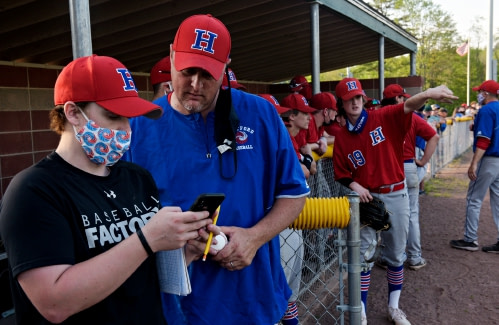 Valley News - HS notebook: Two baseball programs that change buses