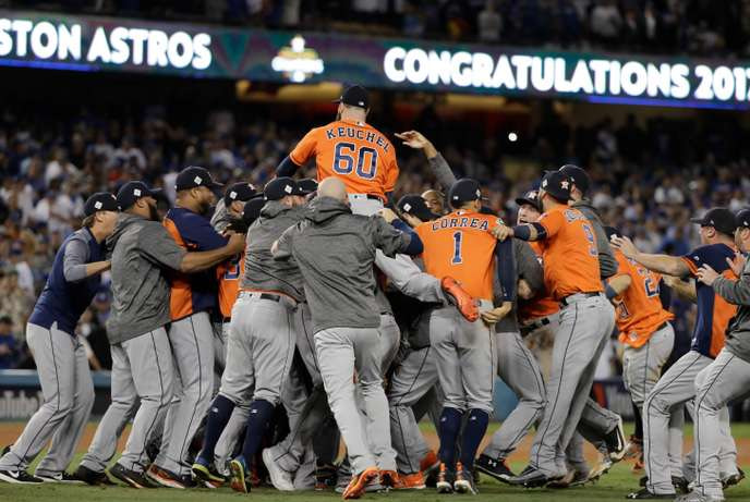 The Astros celebrate their success in Los Angeles.