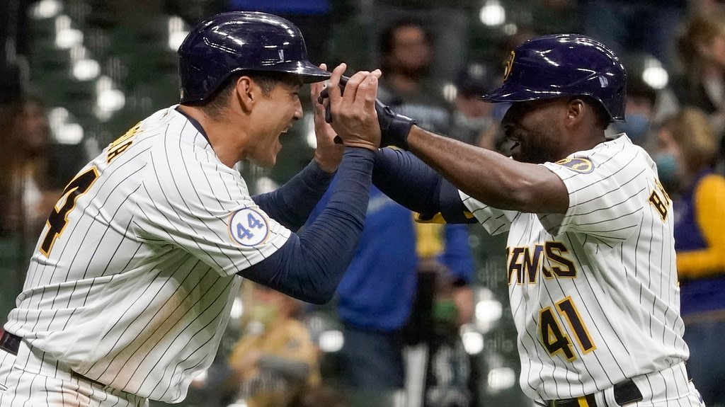 MLB: Summary of the national baseball games, including the one between the Dodgers and the Brewers
