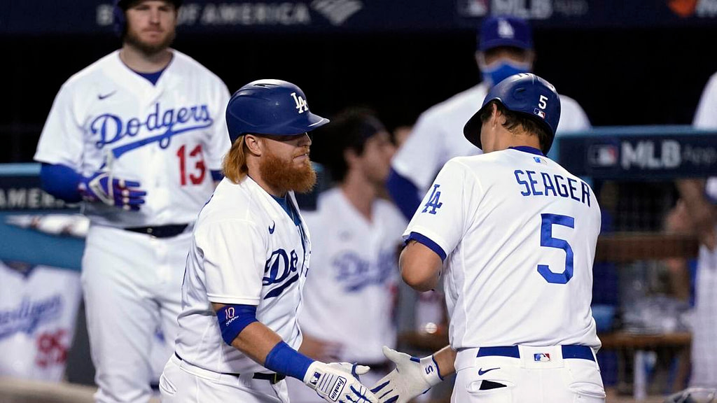 Seager homers, Dodgers beat Brewers 4-2 in playoff opening |  Baseball