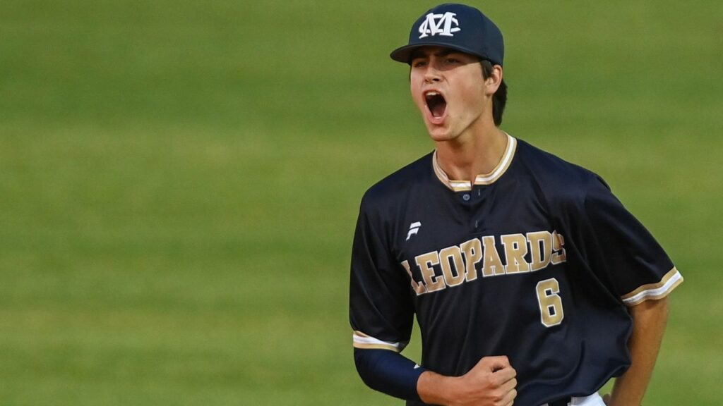 Live updates from Thursday's AHSAA State Baseball Finals in Montgomery