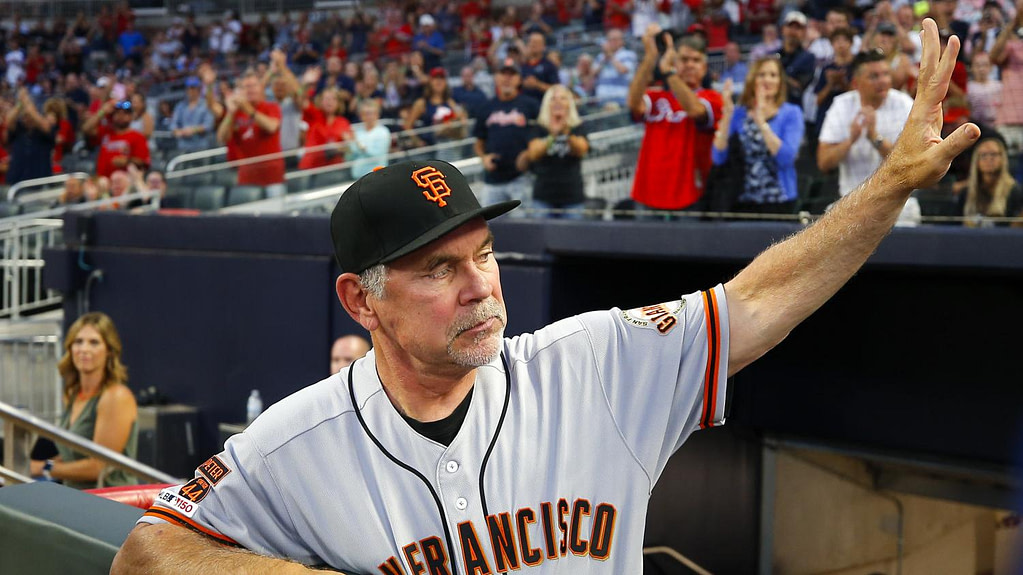 The medal of the day Bruce Bochy, former manager of the San Francisco Giants baseball team, is named head of the France team