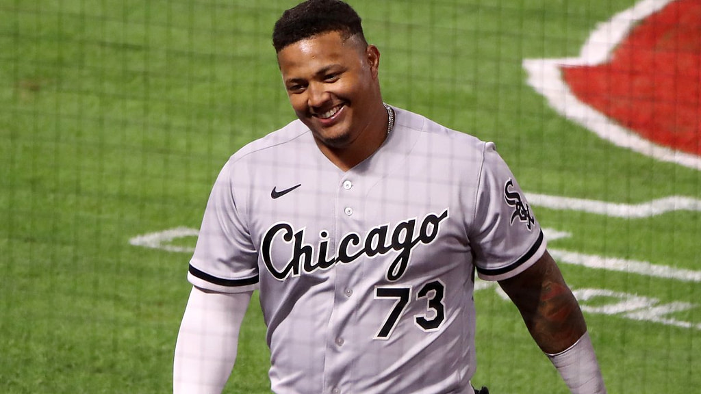Yermín Mercedes makes baseball history with a warm start for the White Sox - NBC Chicago