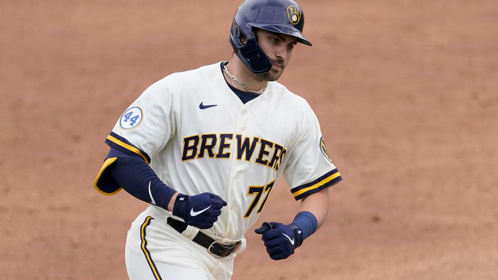 Brewery manager Craig Counsell happy baseball trying new things Major League Baseball