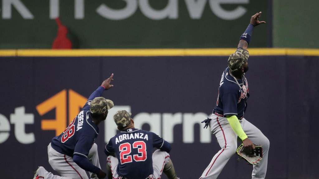 MLB: Summary of national baseball games including the one between Braves and Brewers