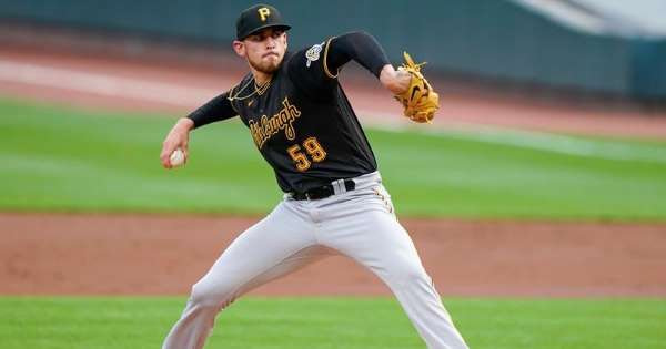 Padres acquires Pirates' right-handed pitcher Joe Musgrove