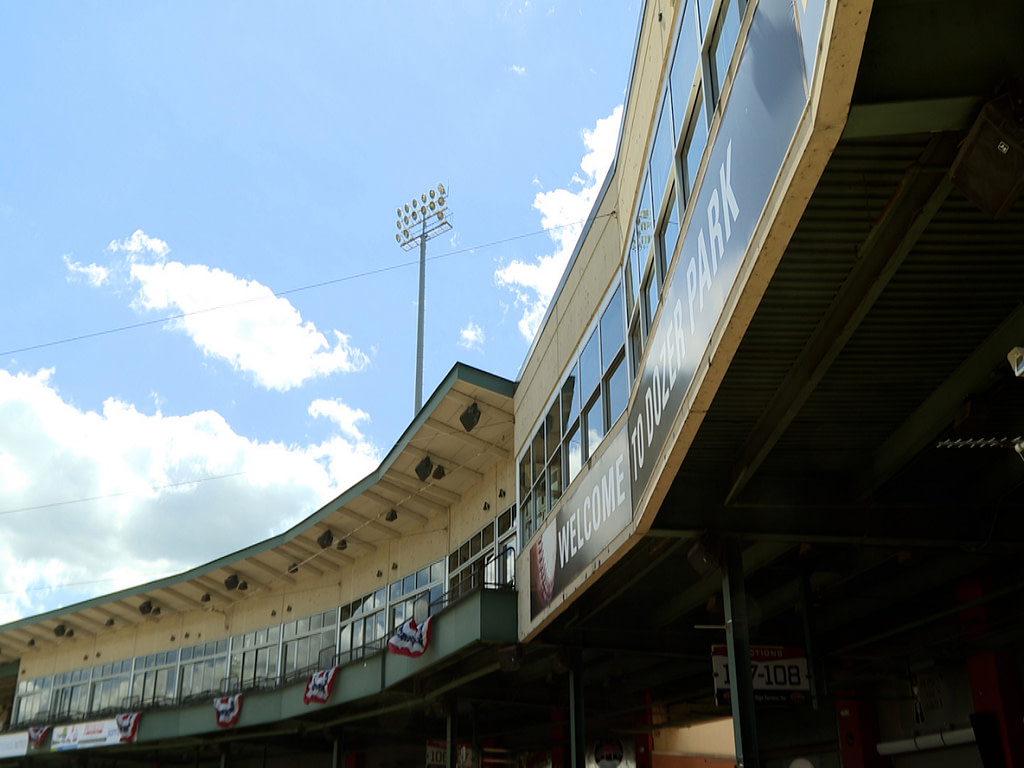 Peoria Chiefs baseball is back, nearby businesses are looking forward to serving fans